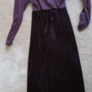 WOMEN'S - PURPLE LONG VELVET DRESS - SIZE 12